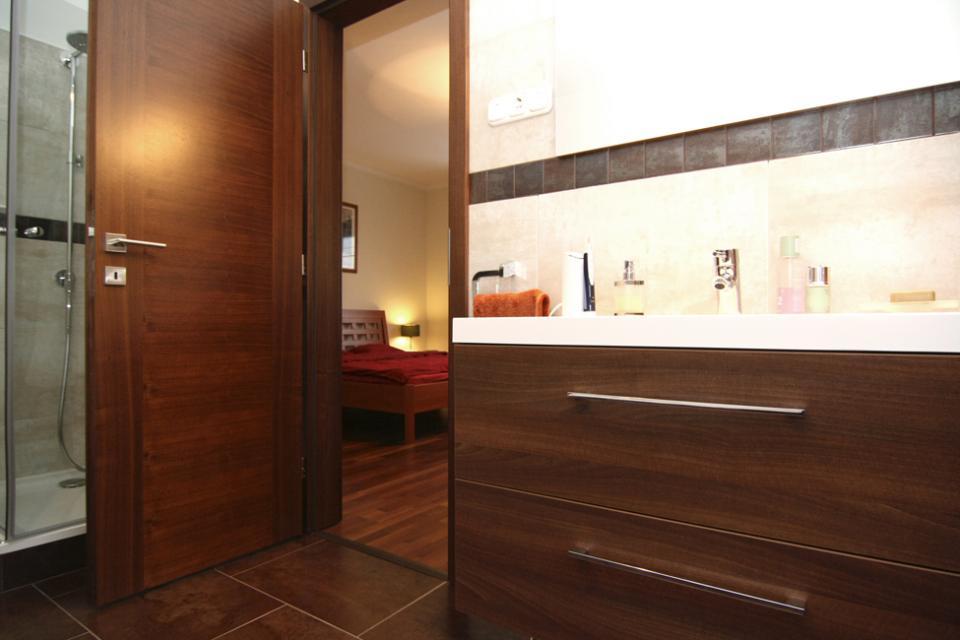 Boston IV és Bilbao beltéri ajtó egy nagymarosi házban   Referencia - Ajtóház