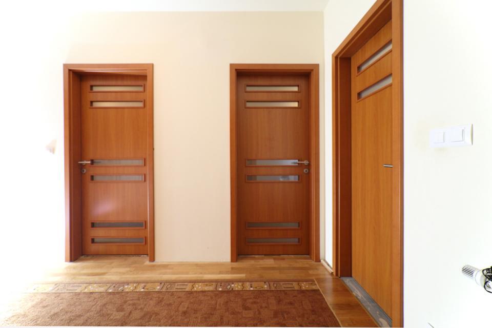 Nagano, Gunma, Koto és Boston CPL ajtónk egy veresegyházi házban  | Referencia - Ajtóház