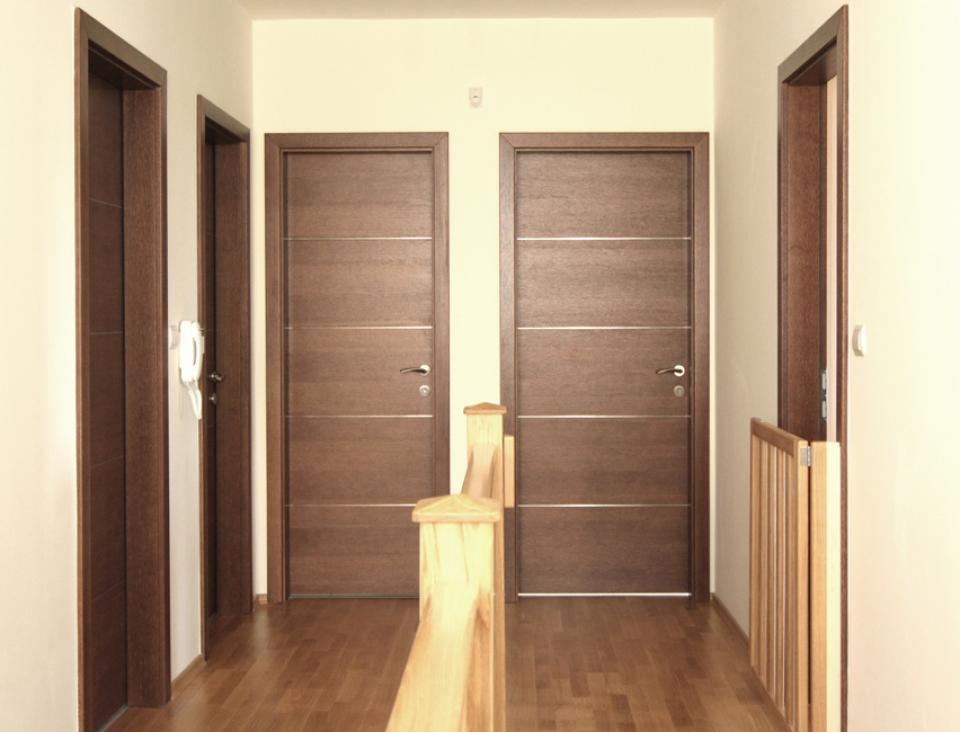 Oxford IV ajtónk egy zuglói házban   Referencia - Ajtóház